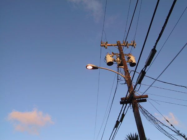 hawaii_powerlines_2