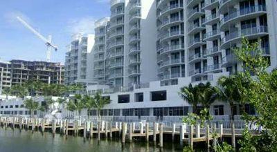 uptown_marina_lofts