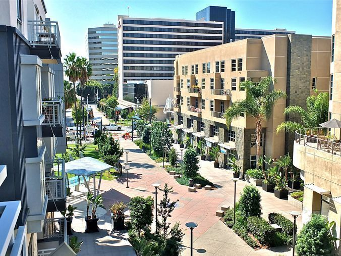 condo view the promenade Long Beach