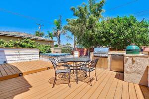 3922 Carfax Avenue, Long Beach, CA  90808