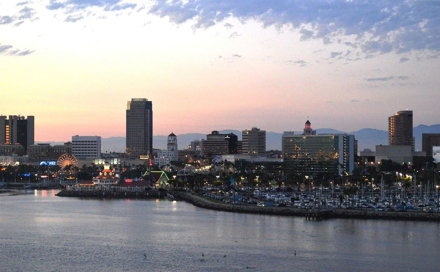 downtown_long_beach_from_queen_mary_dusk