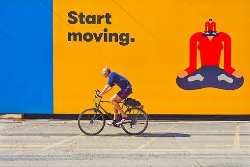 cyclists-2651460__340