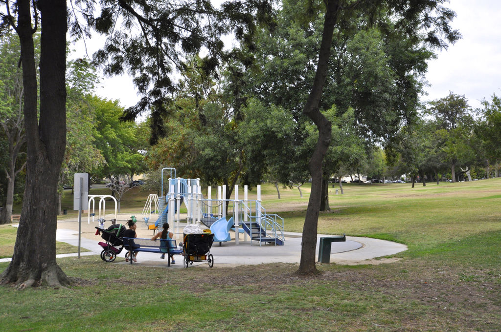 Los Cerritos Park in Long Beach