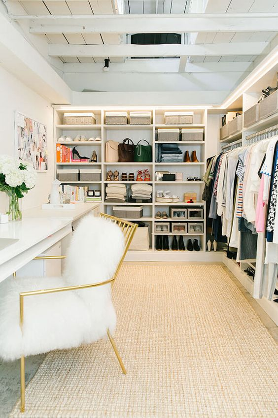 7.ClosetSpace