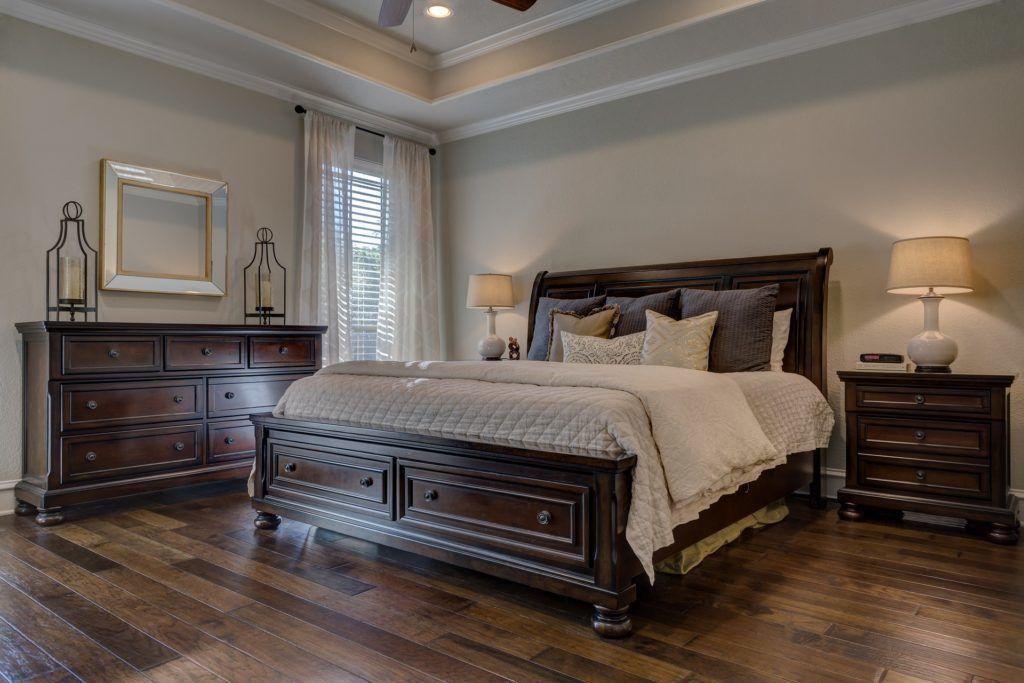 bedroom-1940169_1920-1024x683