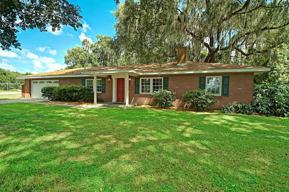 Homes for Sale in Waverly Florida