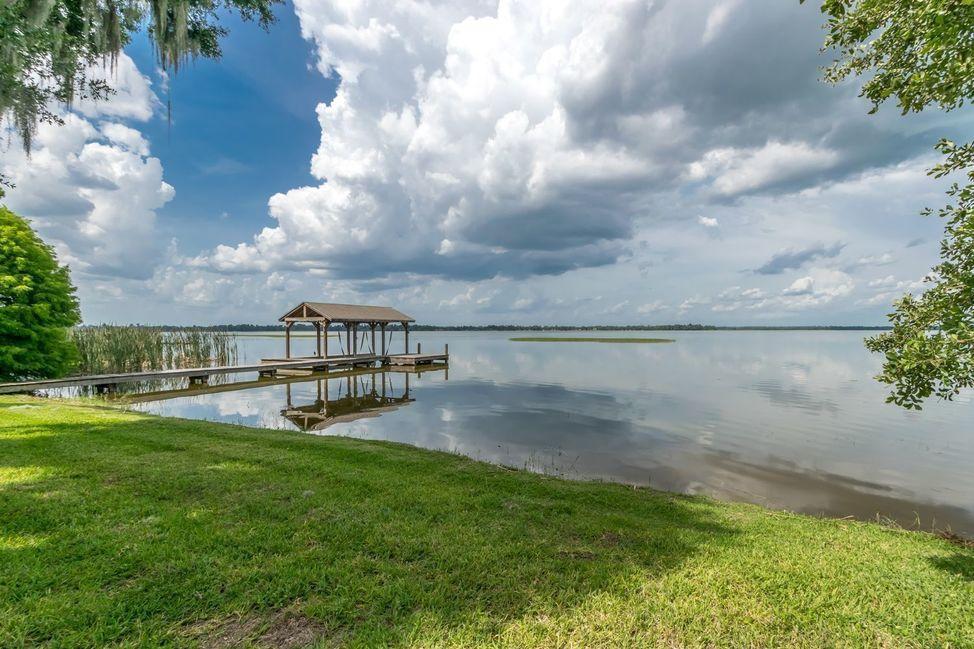 Homes for Sale on Lake Pierce Lake Wales FL