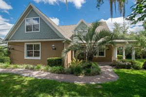 2606 Wyndsor Oaks Ct - Winter Haven - 4BD/3BA Gated Pool Home - Sold for $387,000