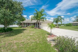 6024 Country Walk Lane - Winter Haven - 3BD/2BA on 1 Acre - Sold for $175,000