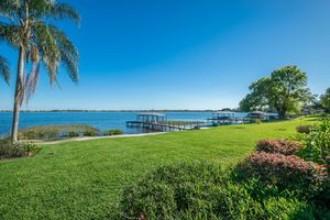 3420 Lakeview Drive - Winter Haven - Chain of Lakes Home - Sold for $375,000