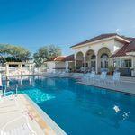 022_beautiful-community-pool