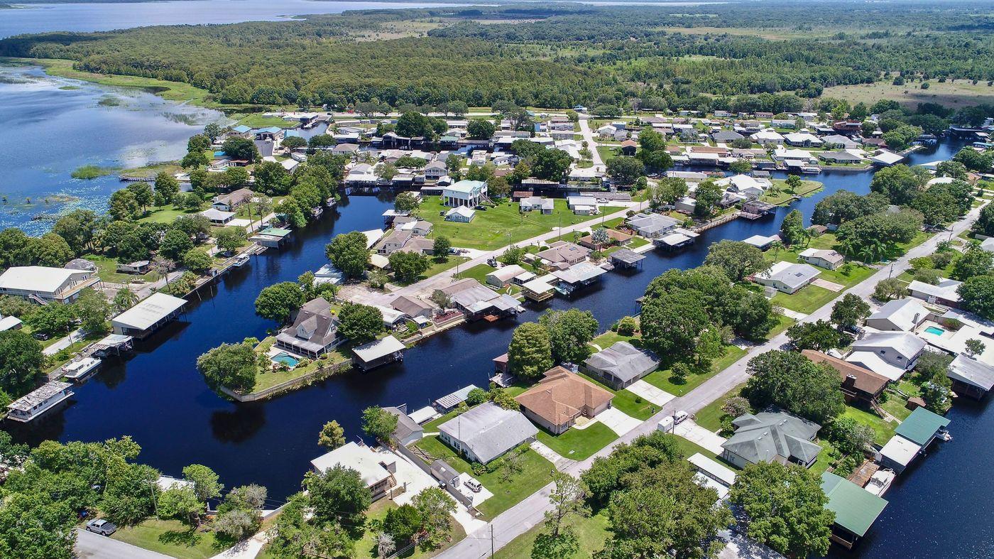 lake hatchineha homes for sale