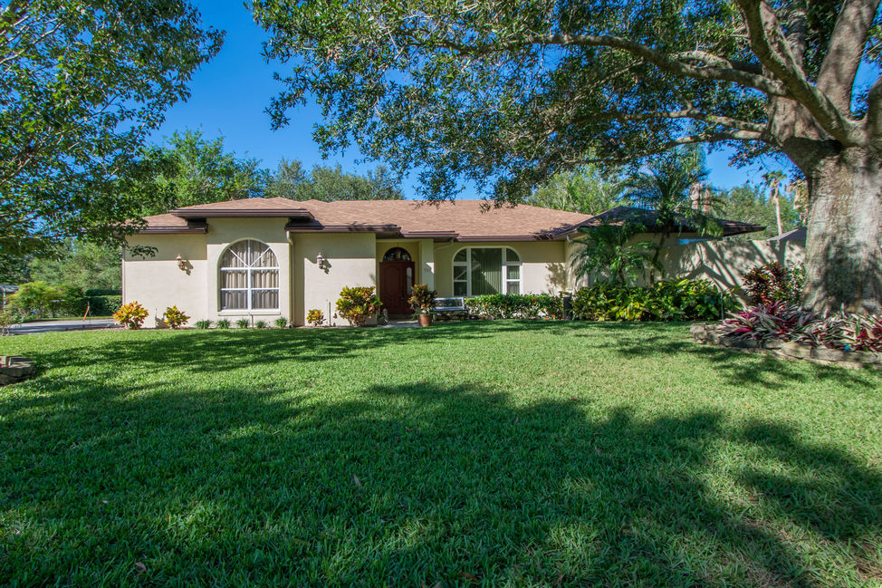 710 lake eloise place winter haven