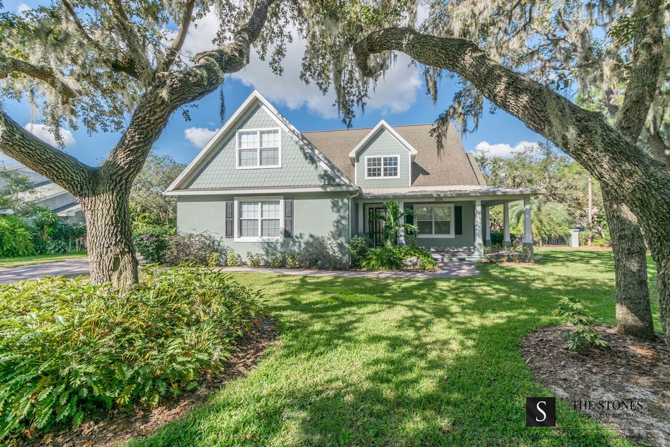 2606 Wyndsor Oaks Way - Winter Haven, FL