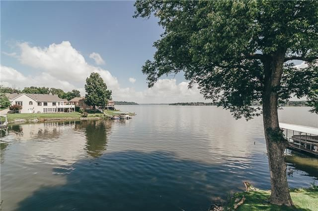 Davidson County Waterfront Homes For Sale