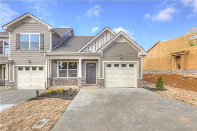 Spring Hill Townhomes