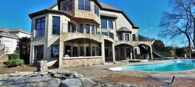 Lebanon Houses with Pools