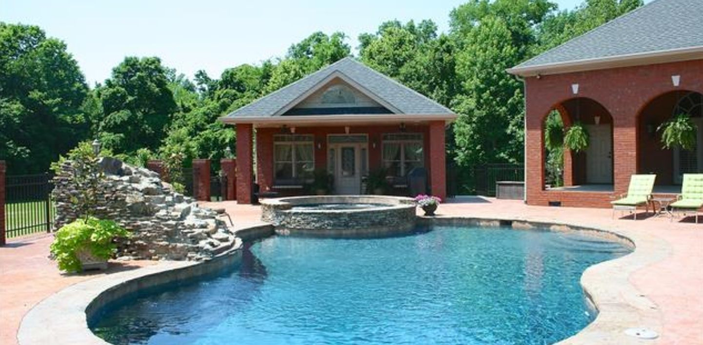Montgomery County Houses with Pools