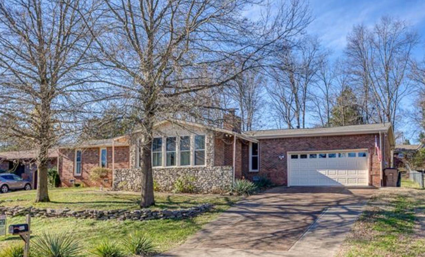 Nashville ranch style tn real estate for New modern homes nashville tn