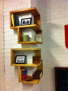 corner-wall-shelves-ideas-for-traditional-room-design-wall-shelving-ideas-1046x1400