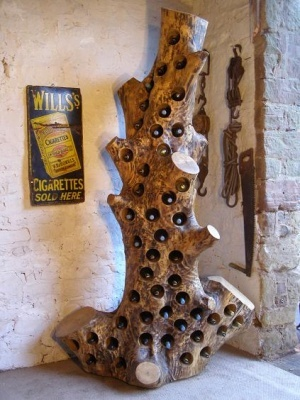 reclaimed-wood-rack-and-ruin