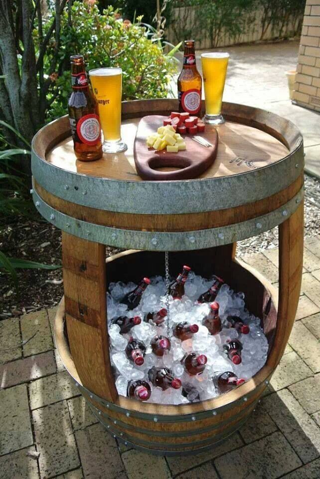 wine-barrel-cooler-and-tabletop