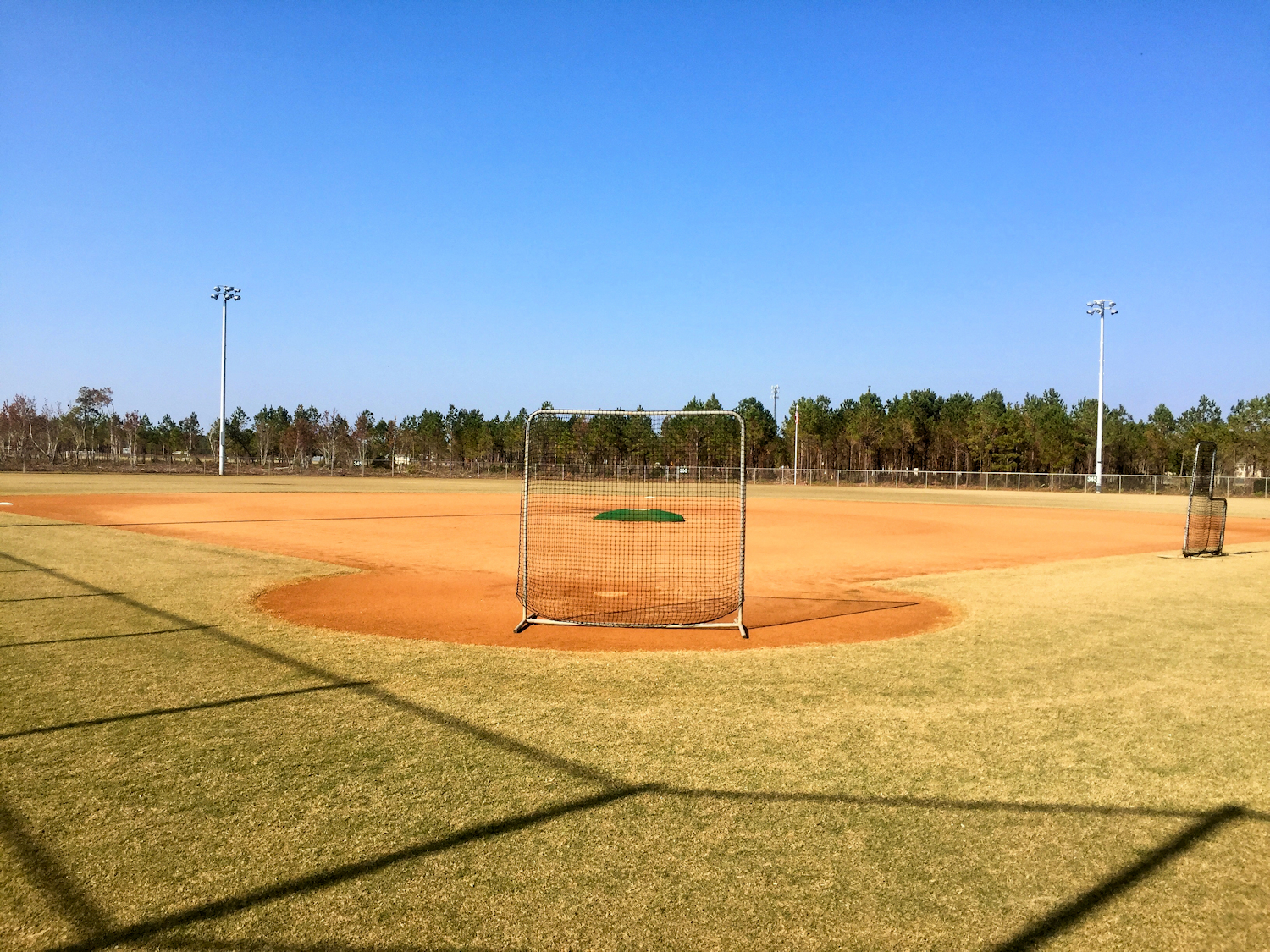 kiwanis-park-adult-softball-field-2-sm