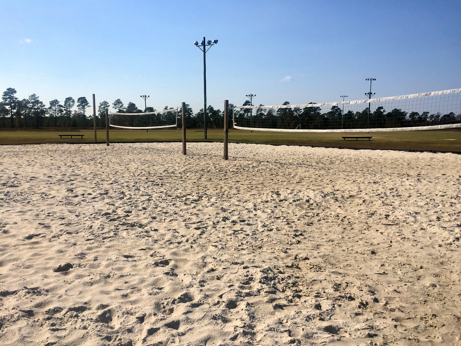 kiwanis-park-beach-volleyball-courts-sm