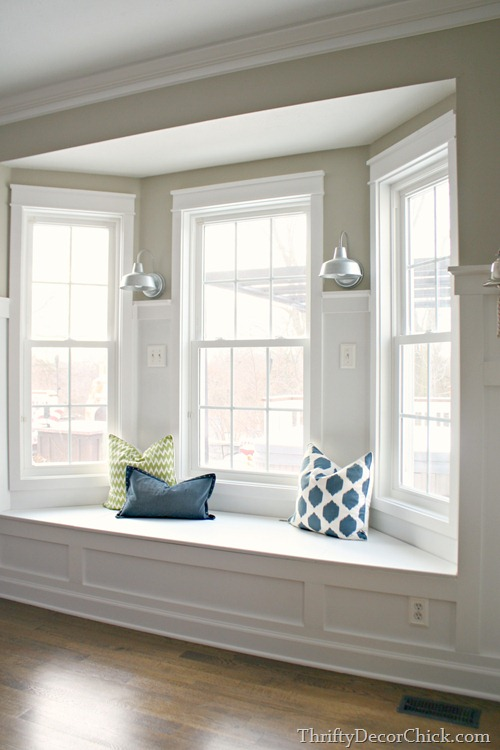 window-seat-thrifty-decor-chick