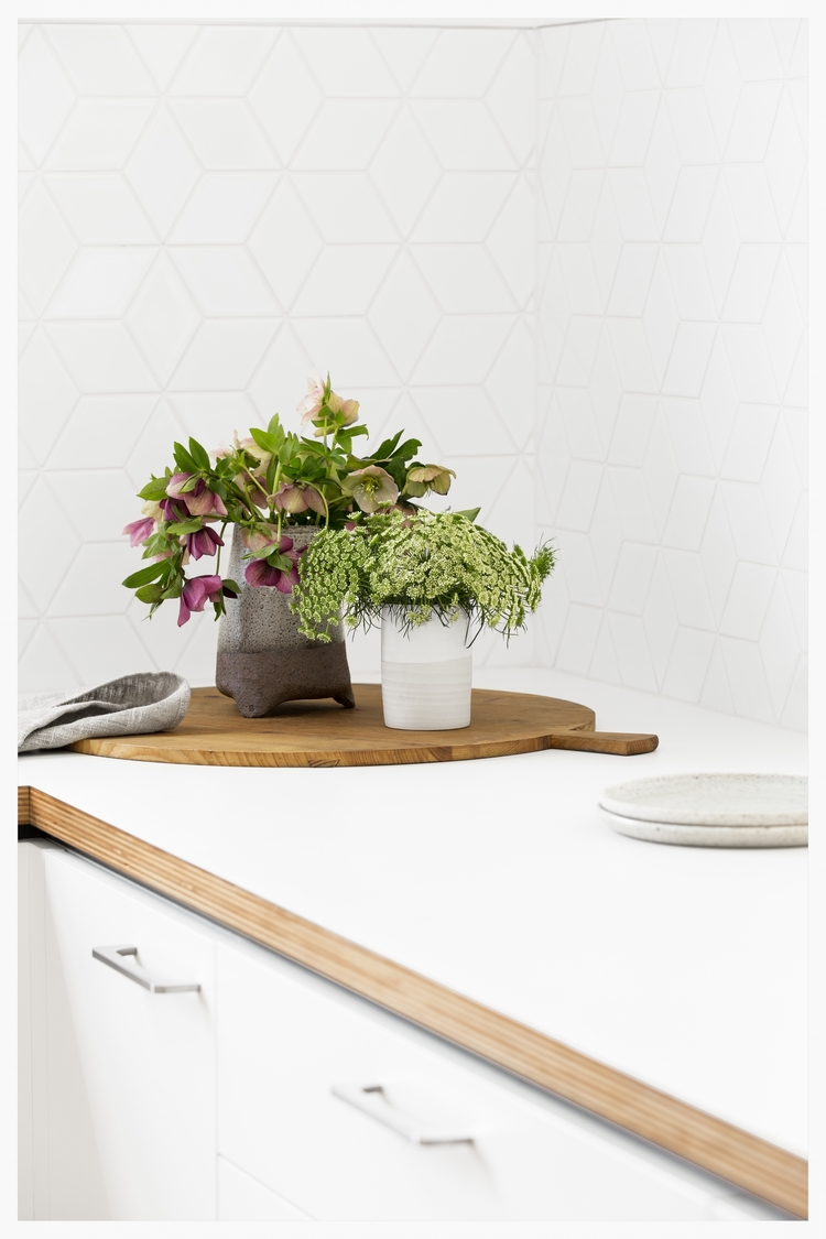 Cantilever Interiors - White Geometric Backsplash