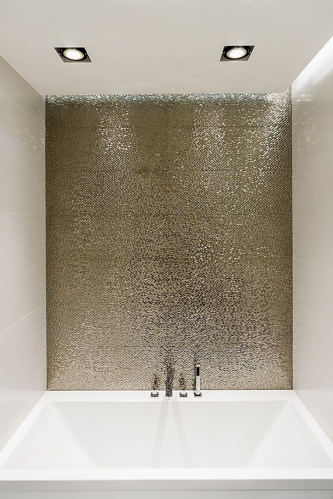 Metallic Bathroom Tiles - Jigsaw Design Group