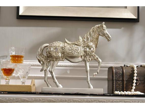 Metallic Silver Horse Sculpture - Samikshas