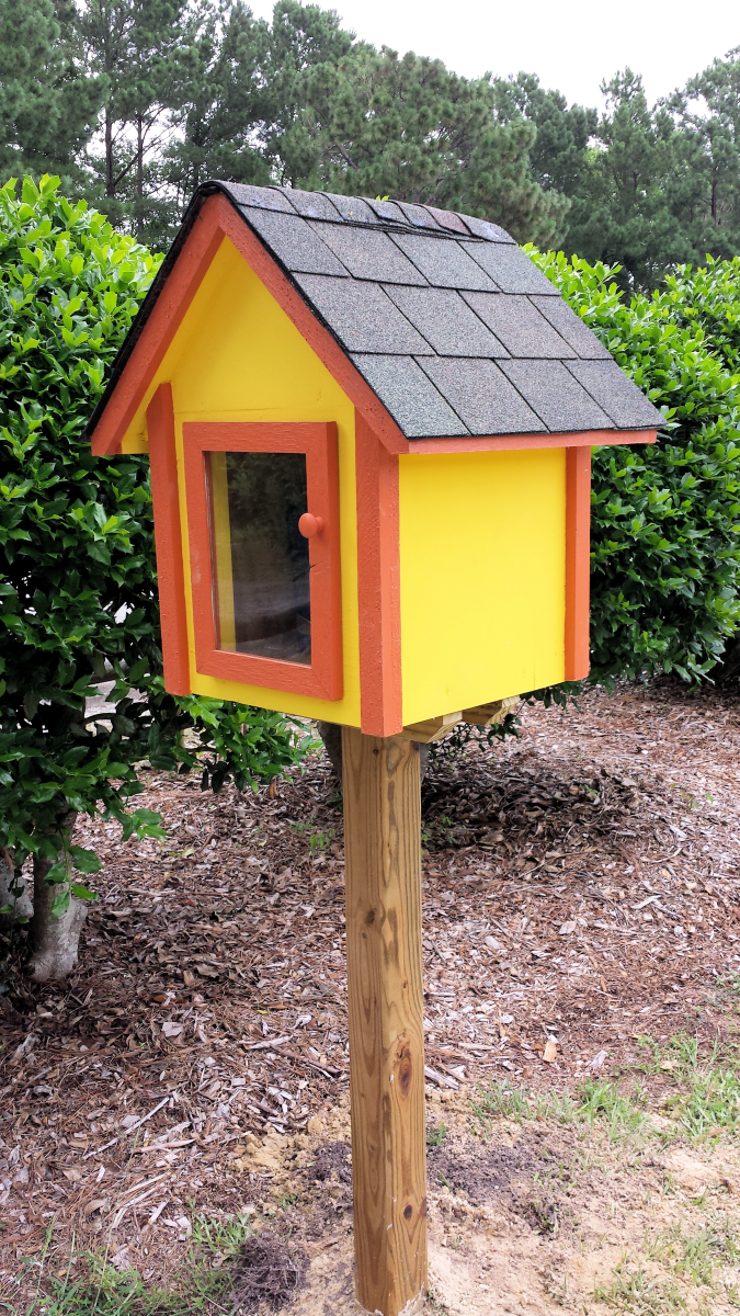 Little Free Library at Kings Grant Park