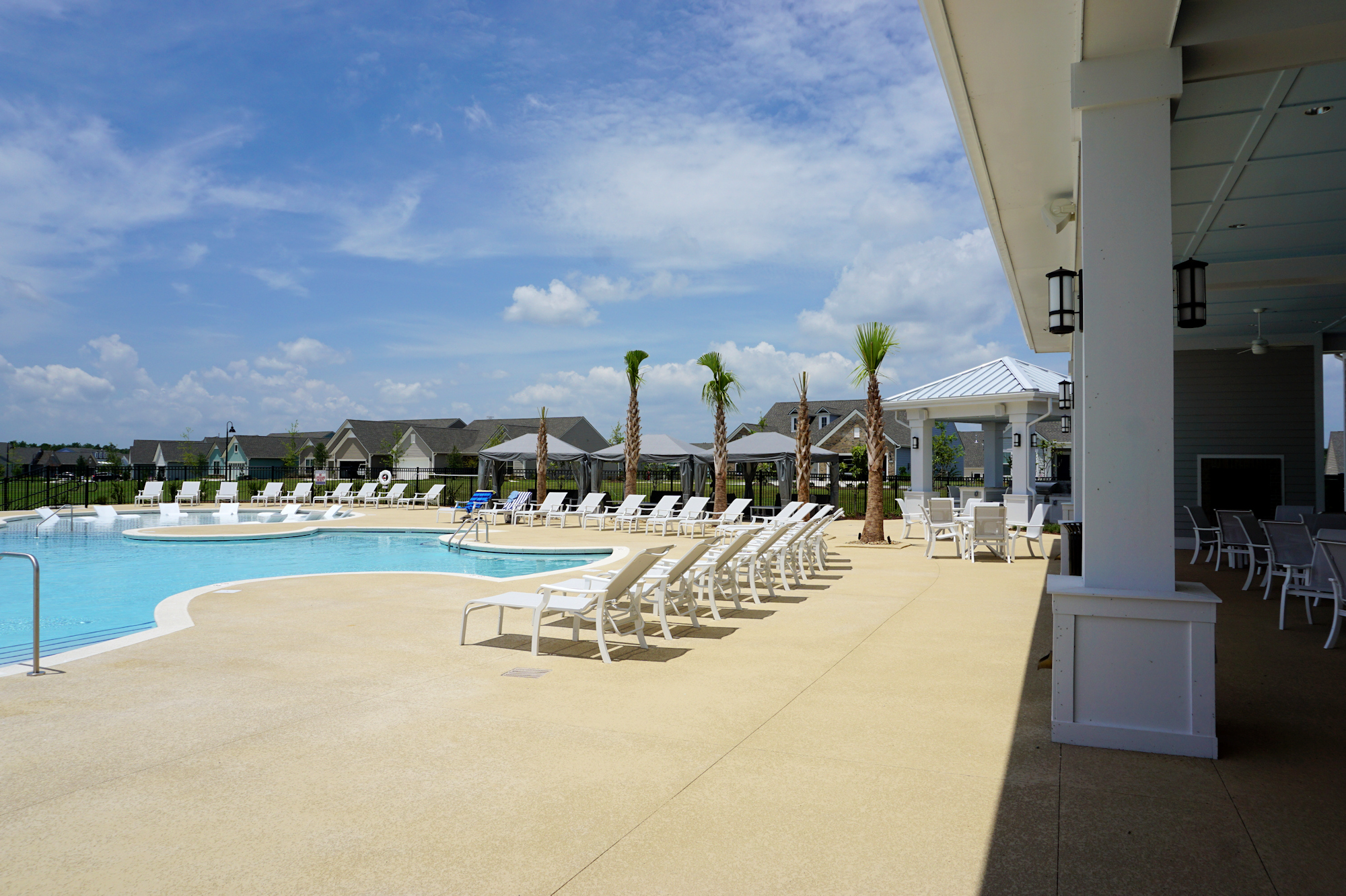 Del Webb of Wilmington - Outdoor Swimming Pool