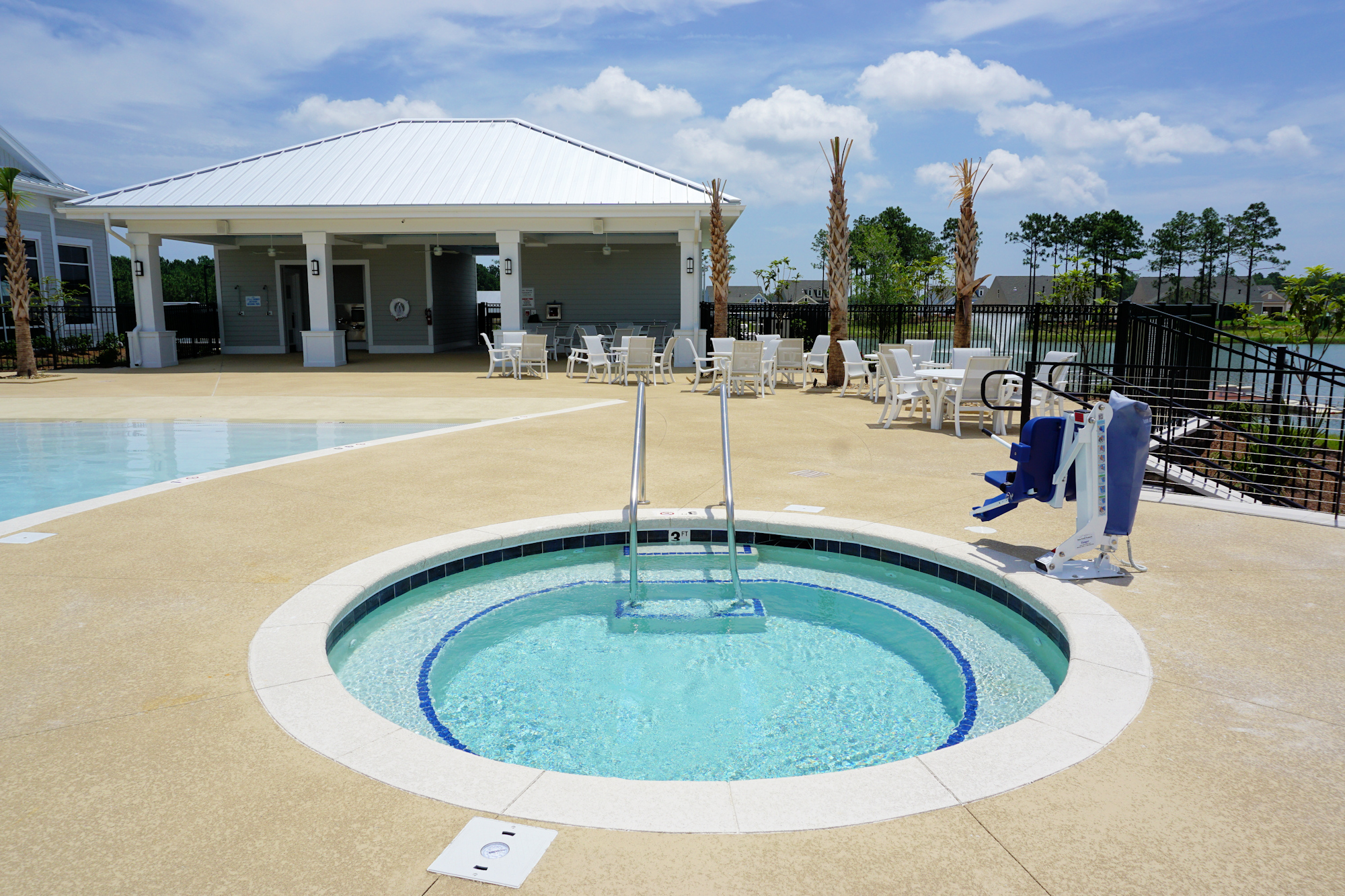Del Webb of Wilmington - Outdoor Swimming Pool and Spa
