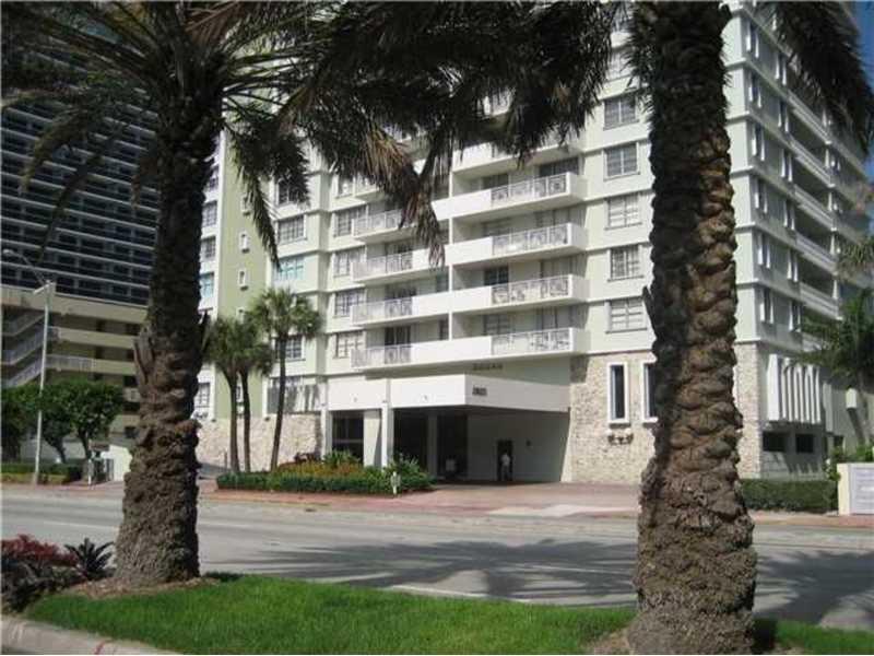 Corinthian Condo Miami Beach