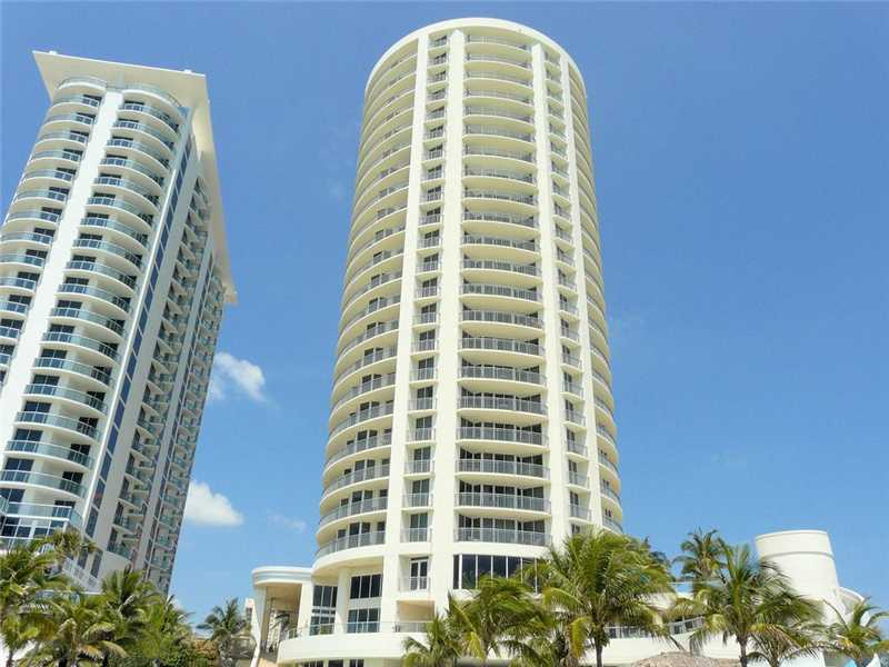 LOWEST PRICED 2 BED / 2 BATH WITH GREAT OCEAN AND PARK VIEWS