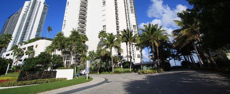 Sands Pointe Sunny Isles