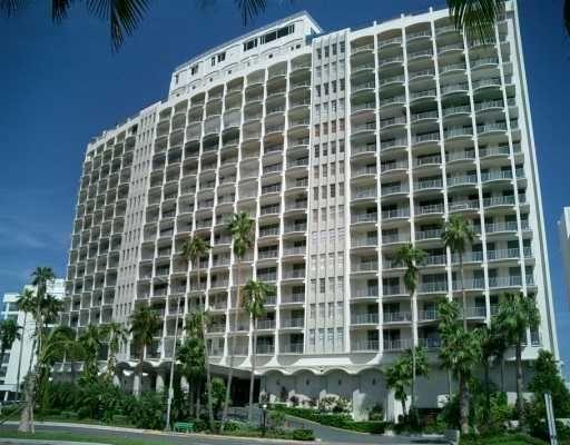 The Carriage House Miami Beach