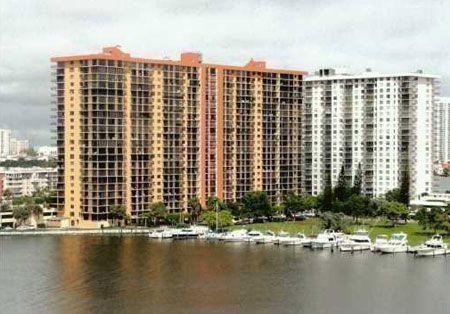 Winston Towers 100 Sunny Isles