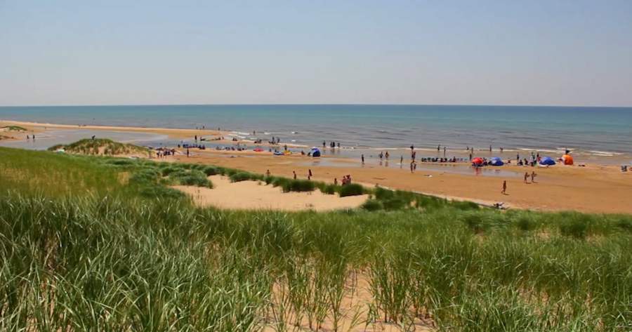 Ludington-Beach-photo-by-Kris-Riley-900x473