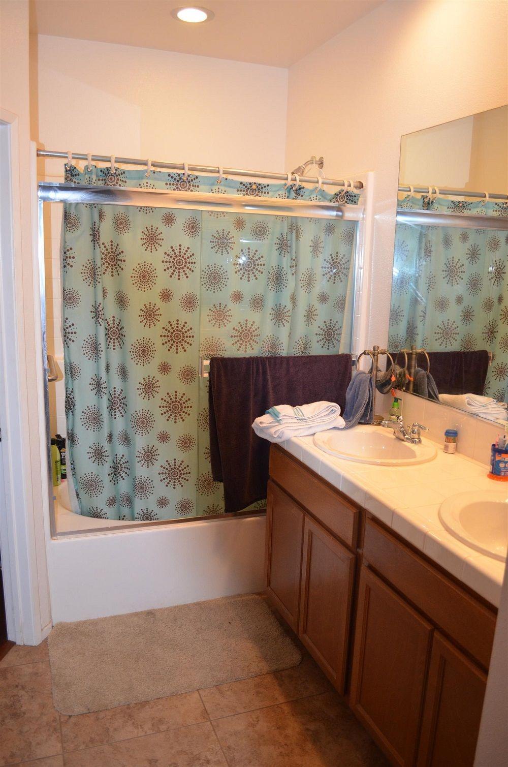 Riverpark Penthouse Condo for Sale master bathroom