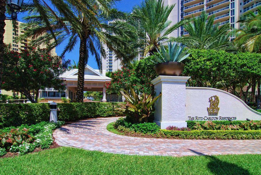The-Ritz-Carlton-Residences1